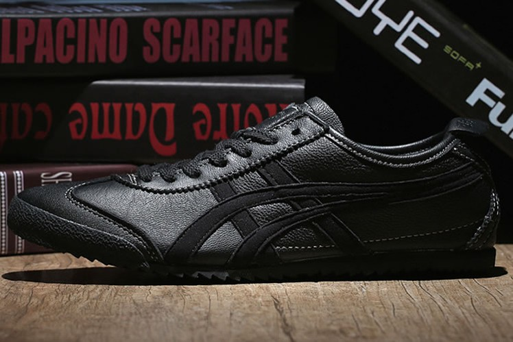 All Black Onitsuka Tiger Mexico 66 DELUXE Shoes