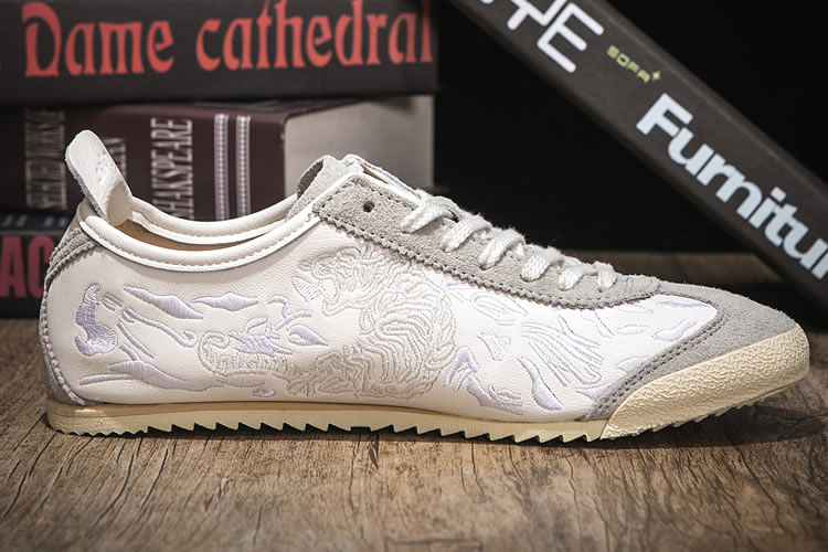 Onitsuka Tiger TH6S0K-0101 Deluxe Noctilucence Shoes - Click Image to Close