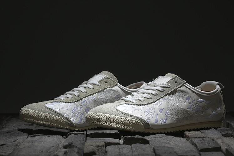 Onitsuka Tiger Mexico 66 Deluxe (Noctilucence) Shoes