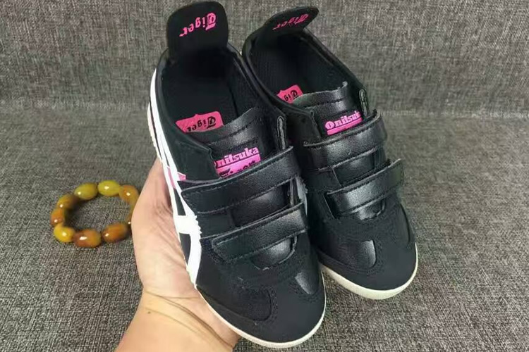 (Black/ White/ Pink) Mexico 66 BAJA PS Big Kid's Shoes