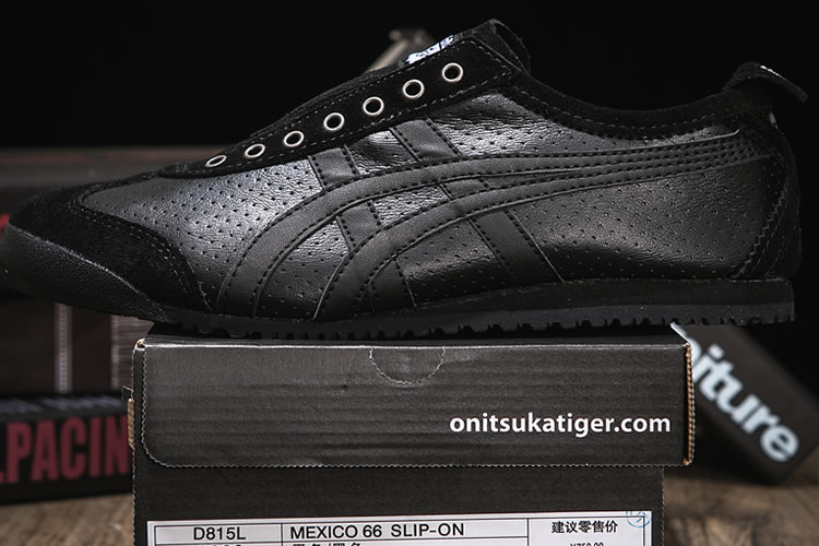 Onitsuka Tiger SLIP ON (Black/ Black) Shoes